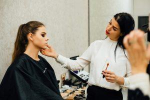 оценивавание макияжа